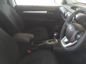Toyota Hilux 2.8GD-6 Raider auto - Image 9