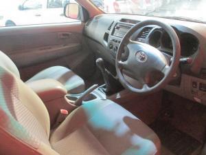 Toyota Hilux 2.5 D-4D SS/C - Image 6