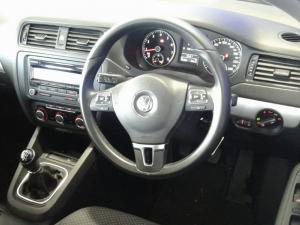 Volkswagen Jetta GP 1.2 TSi Trendline - Image 5