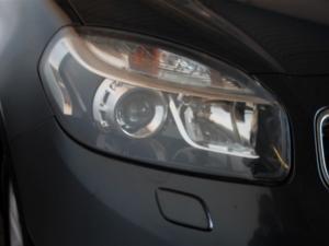 Renault Koleos 2.5 Dynamique 4X4 CVT - Image 4