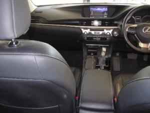 Lexus ES 250 - Image 14