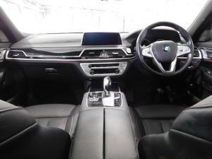 BMW 7 Series 730d M Sport - Image 13