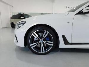 BMW 7 Series 730d M Sport - Image 2