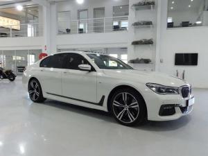 BMW 7 Series 730d M Sport - Image 6