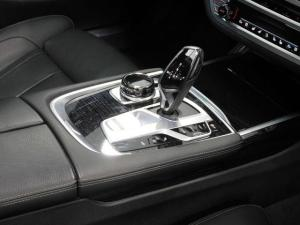 BMW 7 Series 730d M Sport - Image 9
