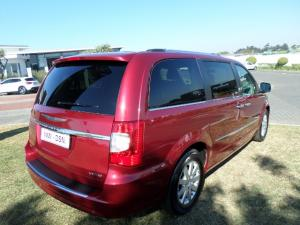 Chrysler Grand Voyager 2.8 Limited automatic - Image 13