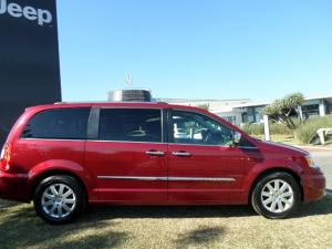 Chrysler Grand Voyager 2.8 Limited automatic - Image 17