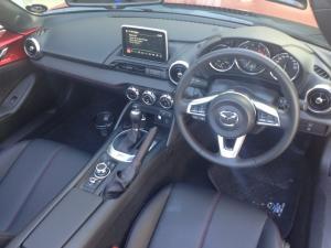 Mazda MX-5 RF 2.0 Roadster Coupe automatic - Image 3