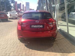 Mazda MAZDA3 2.0 Astina Plus automatic 5-Door - Image 7
