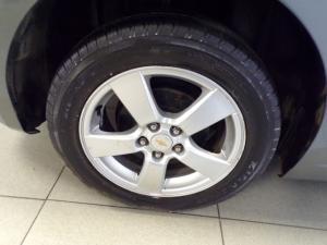 Chevrolet Cruze 1.6 L - Image 13