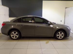 Chevrolet Cruze 1.6 L - Image 2