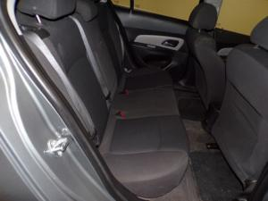 Chevrolet Cruze 1.6 L - Image 5