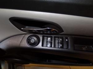 Chevrolet Cruze 1.6 L - Image 8