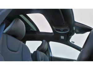 Volvo XC60 D4 R-Design - Image 10