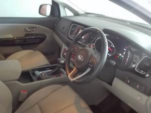 Kia Sedona 2.2D SX automatic - Image 12