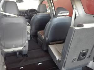 Kia Sedona 2.2D SX automatic - Image 20