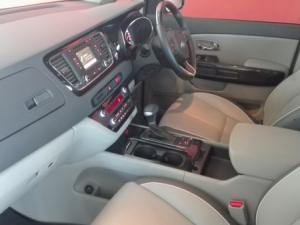Kia Sedona 2.2D SX automatic - Image 24