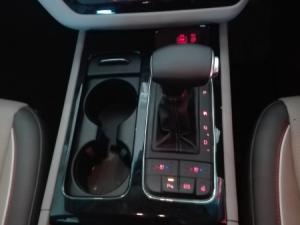 Kia Sedona 2.2D SX automatic - Image 26