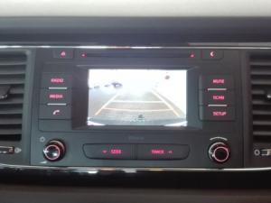 Kia Sedona 2.2D SX automatic - Image 28