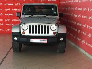 Jeep Wrangler Unlimited 3.6L Sahara - Image 2