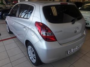 Hyundai i20 1.6 - Image 3