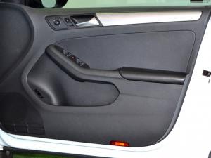 Volkswagen Jetta GP 1.2 TSi Trendline - Image 29