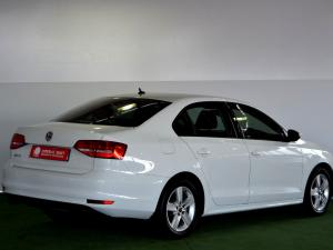 Volkswagen Jetta GP 1.2 TSi Trendline - Image 4
