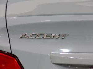 Hyundai Accent 1.6 GL/MOTION - Image 18