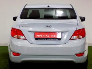 Hyundai Accent 1.6 GL/MOTION - Image 2