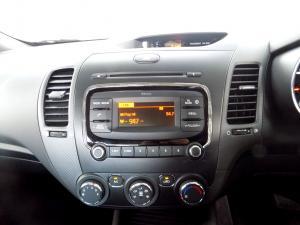 Kia Cerato 1.6 EX automatic - Image 10