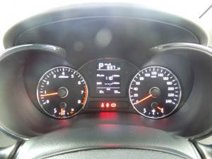 Kia Cerato 1.6 EX automatic - Image 11