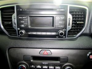 Kia Sportage 2.0 Crdi EX automatic - Image 11