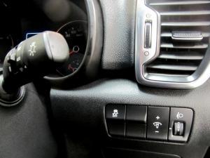 Kia Sportage 2.0 Crdi EX automatic - Image 16