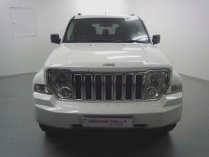 Jeep Cherokee 3.7L Limited - Image 2