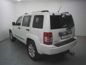 Jeep Cherokee 3.7L Limited - Image 3