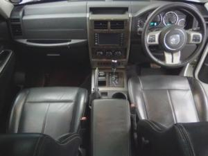 Jeep Cherokee 3.7L Limited - Image 8