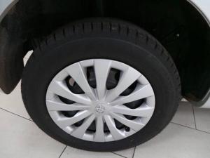 Toyota Etios hatch 1.5 Xi - Image 9