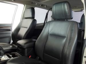 Mitsubishi Pajero 3-door 3.2DI-D GLS - Image 9