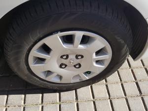 Hyundai i20 1.2 Fluid - Image 8