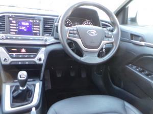 Hyundai Elantra 1.6 Executive - Image 7
