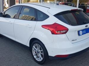 Ford Focus 1.5 Ecoboost Trend 5-Door - Image 3