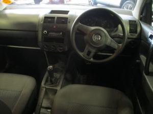 Volkswagen Polo 1.4 Trendline - Image 8