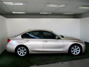BMW 320iautomatic - Image 8