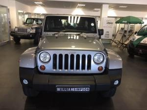 Jeep Wrangler Unlimited 3.6L Sahara - Image 2