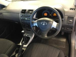 Toyota Corolla 1.6 Advanced - Image 5