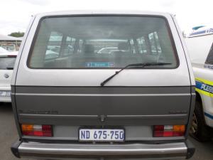 Volkswagen Microbus Syncro P/S - Image 3