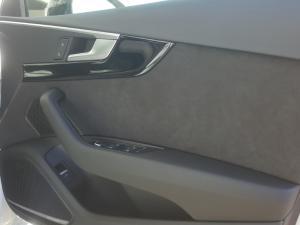 Audi A4 2.0T FSI Quatt Sport Stronic - Image 14