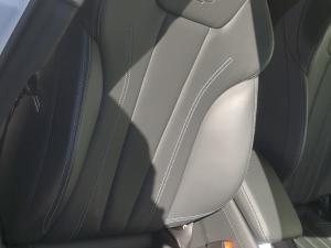 Audi A4 2.0T FSI Quatt Sport Stronic - Image 9