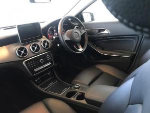 Mercedes-Benz GLA 220dautomatic 4MATIC - Image 5