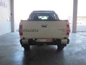 Isuzu KB 300D-Teq double cab LX - Image 3